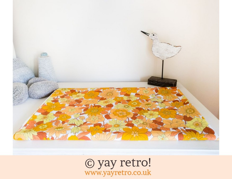 Gorgeous Vintage Yellow Flowery Double Sheet - Looks New (£28.50)