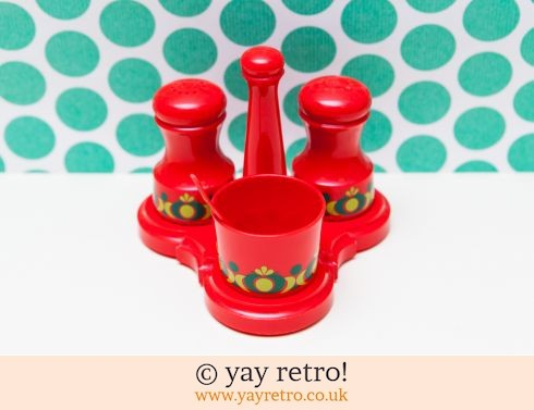 362: Red Emsa Salt,Pepper & Mustard Pot in Stand (£22.75)