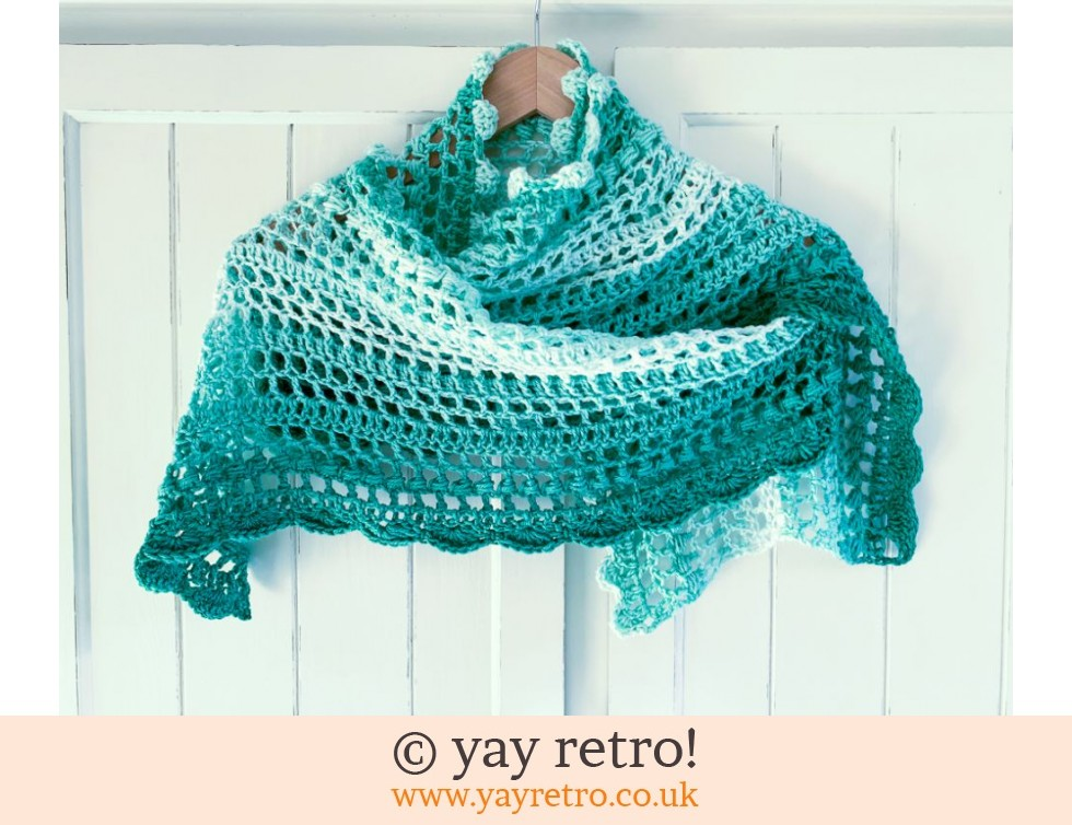 yay retro!: All the Greens Petits Filous Crochet Stole/Shawl (£22.50)