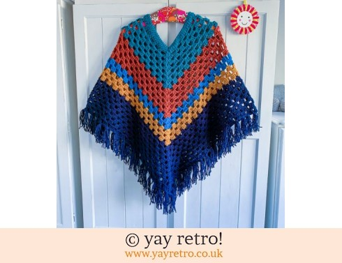 152: Autumn Colour  Adult Poncho With Tassels (£47.50)