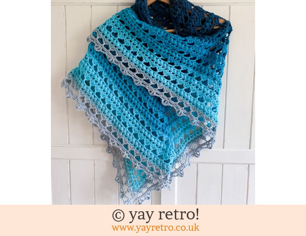 yay retro!: 'Sea Blue' V for Vintage Crochet Shawl (£32.50)