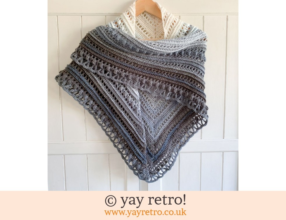 yay retro!: 'Serenity III' Secret Paths Crochet Shawl (£32.50)