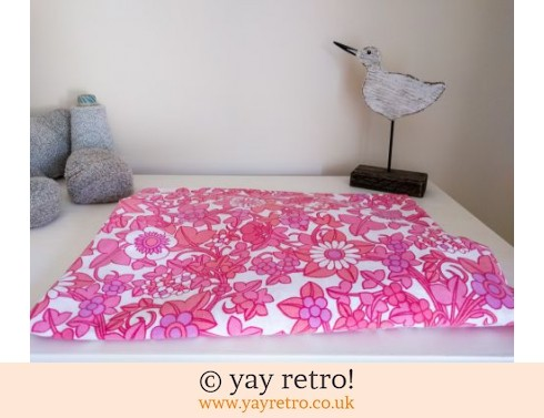 0: Single Pink Fitted Flowery Sheet (£10.50)