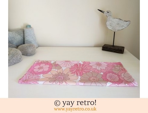 248: Vintage Pink Flowery M&S Pillow Case (£5.95)