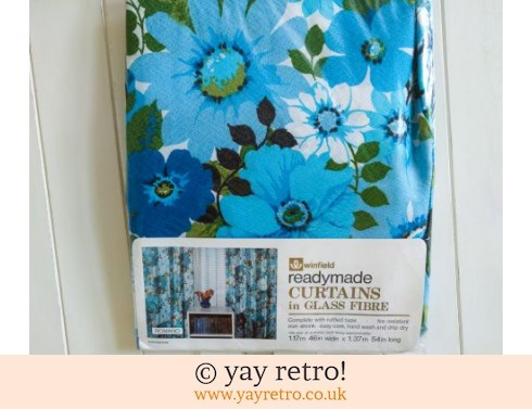 246: Blue Flowery Vintage Curtains As New in pack (£12.50)