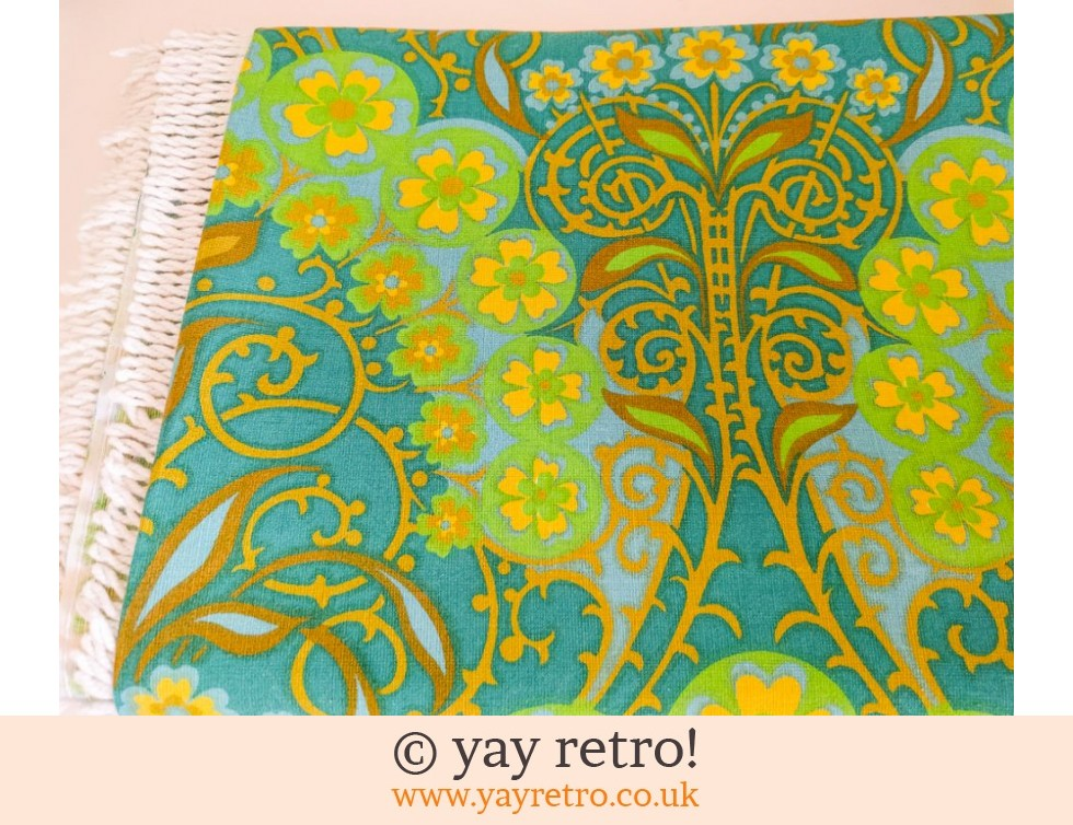 Stunning 1960/70s Bed Throw (£42.00)