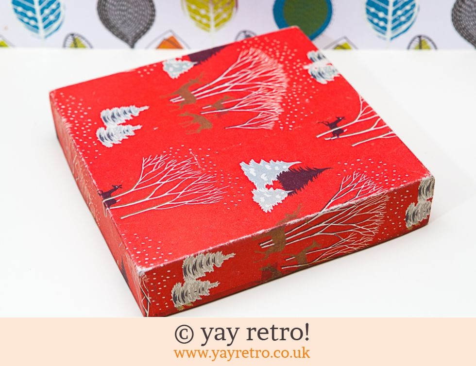 Vintage Christmas Gift Box & Free Decorations (£12.75)