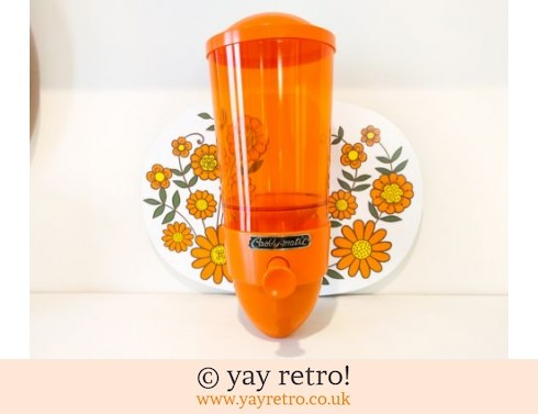 662: Orange Caddy-Matic Tea Dispenser (£27.75)