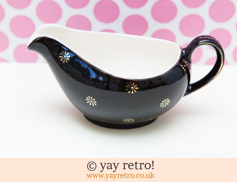 Alfred Meakin: Black Midnight Star Gravy / Custard Jug (£12.00)