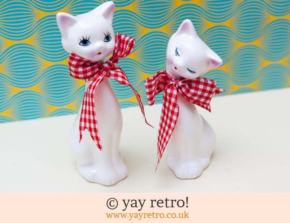 Vintage 60s Pair of Tall Cats with Bow Ties (boxed) (£17.00)
