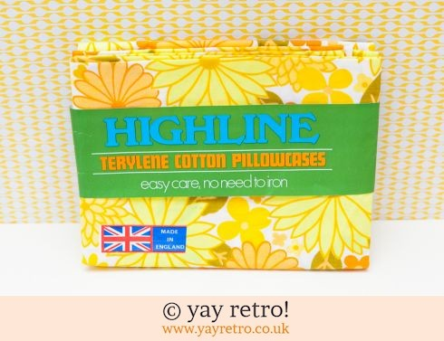 0: Unused Vintage Flower Power Pillow Cases (£22.50)