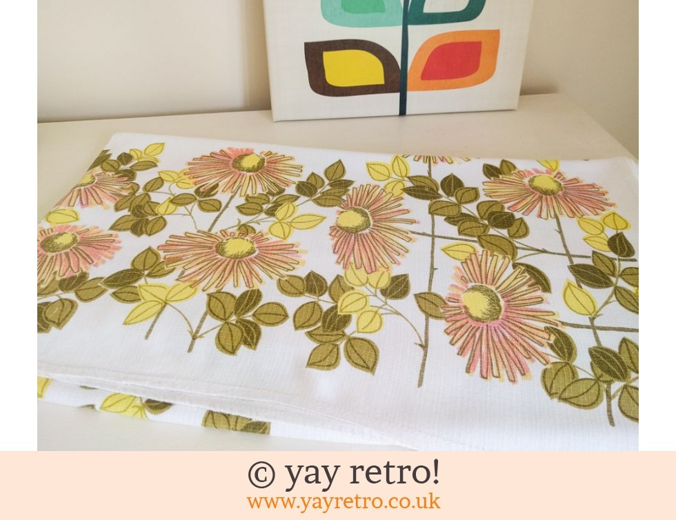 Gorgeous 1960/70s Flower Power Tablecloth (£12.00)
