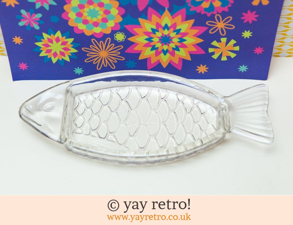 Vintage Glass Fish Dish - France (£6.00)