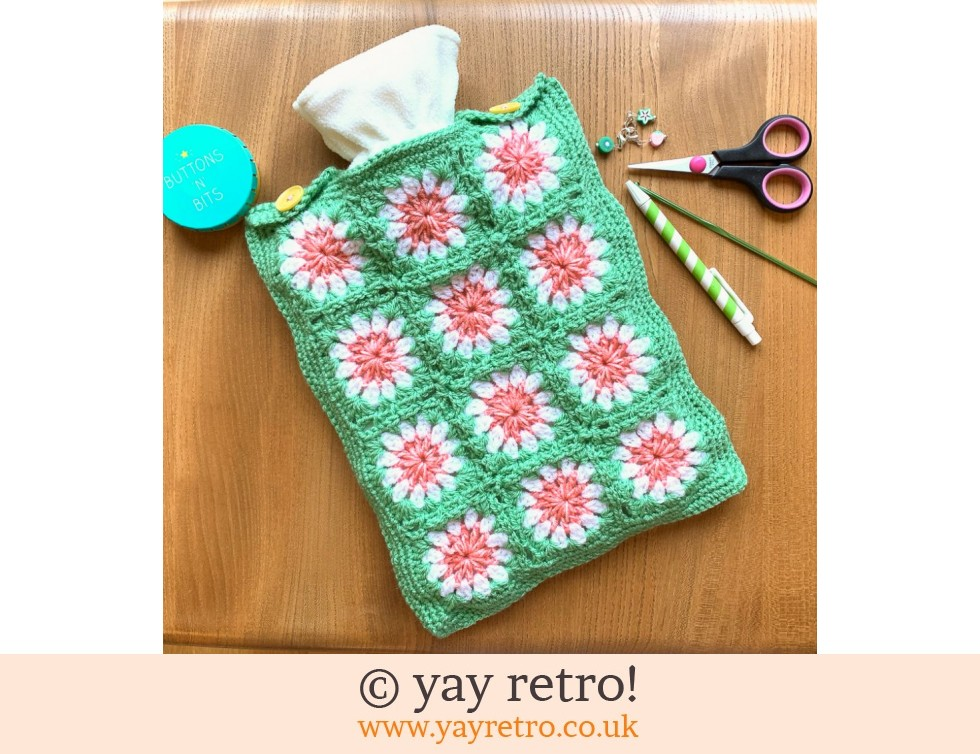 yay retro!: Crazy Daisy Crochet Hot Water Bottle Set (£19.50)