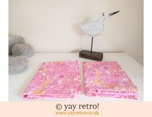 0: Vintage Flower Power Pillowcases x 2 Unused (£12.50)