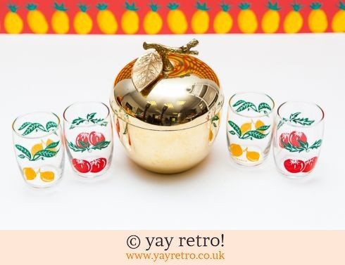 168: Kitsch Apple Ice Bucket & Glasses Set (£22.50)