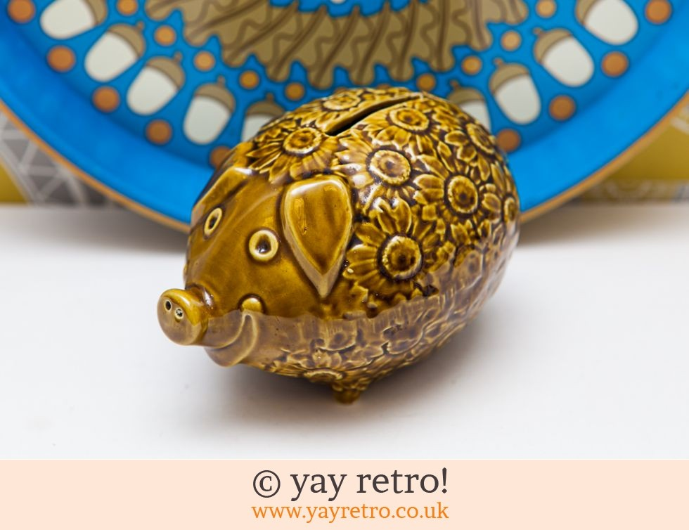 Fab Flowery Pig 70s Money Box (£12.95)