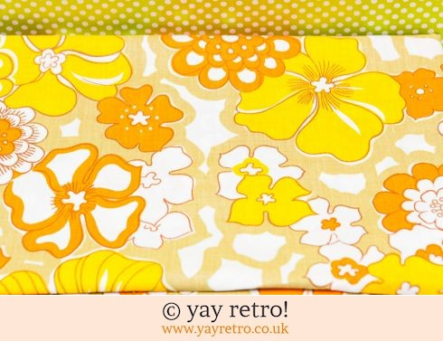 648: Yellow & Orange Flower Power Double Sheet - Unused (£28.50)